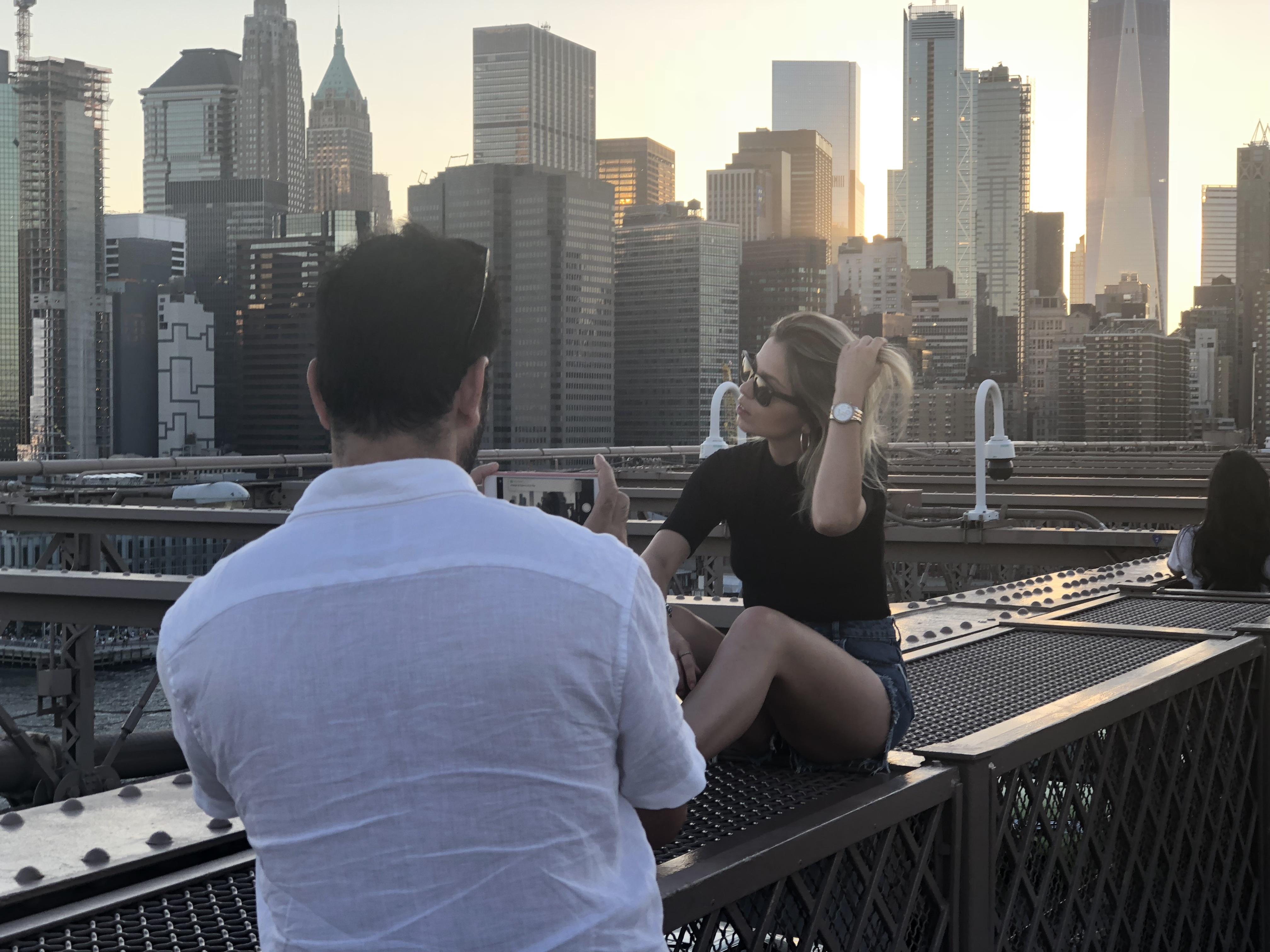 Influencer Brooklyn Bridge