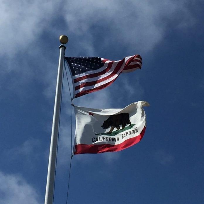 US flag California flag