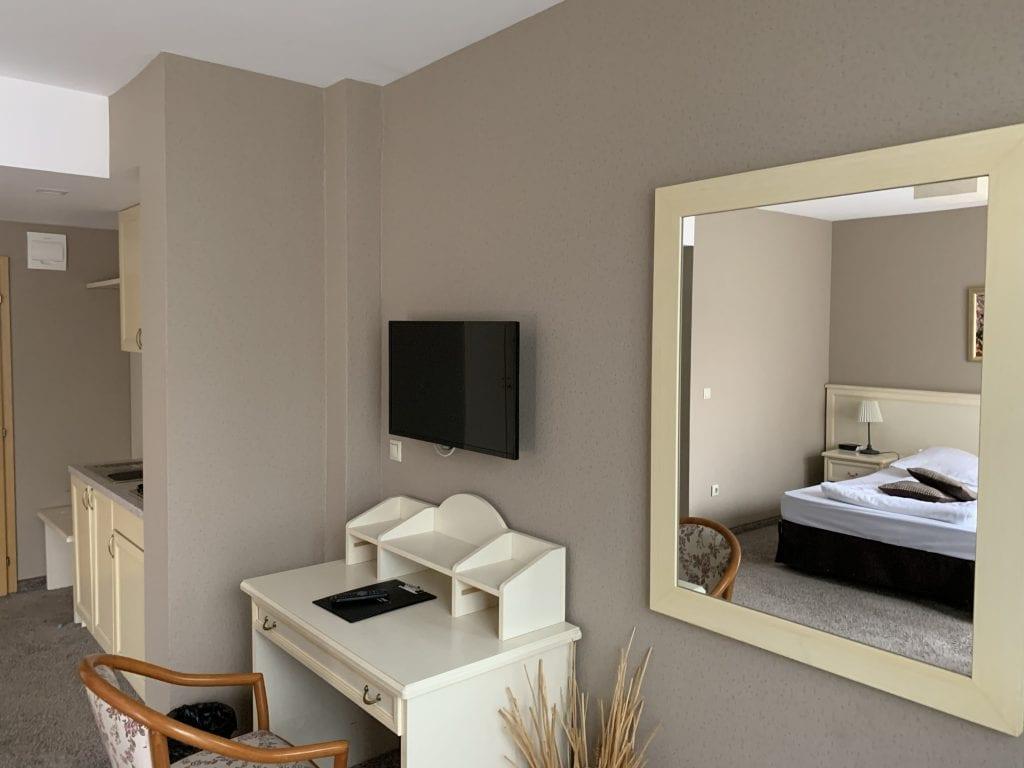 Sofia-St-George-Hotel-Schreibtisch