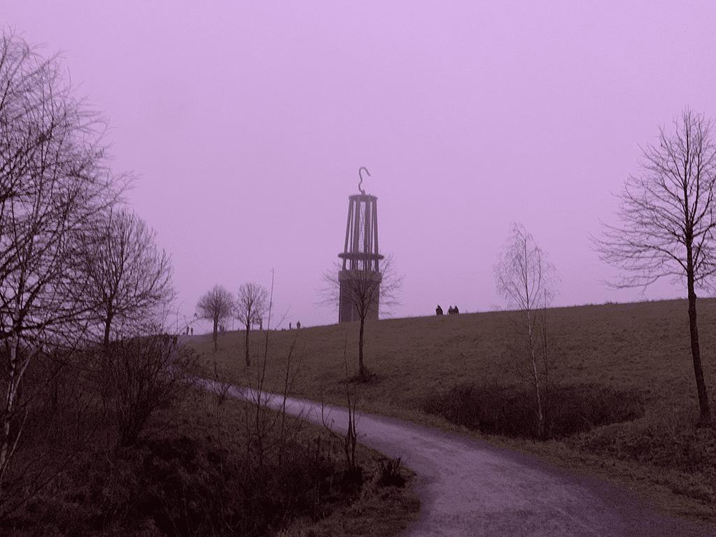 Abenddämmerung am Geleucht / Halde Rheinpreussen